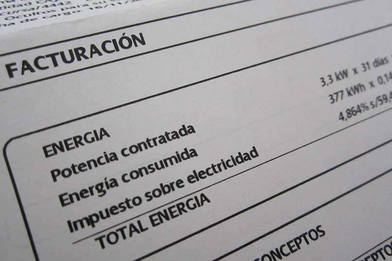 Unidas Podemos avanza que el Consejo de Ministros aprobará este jueves la bajada del IVA al precio de la luz