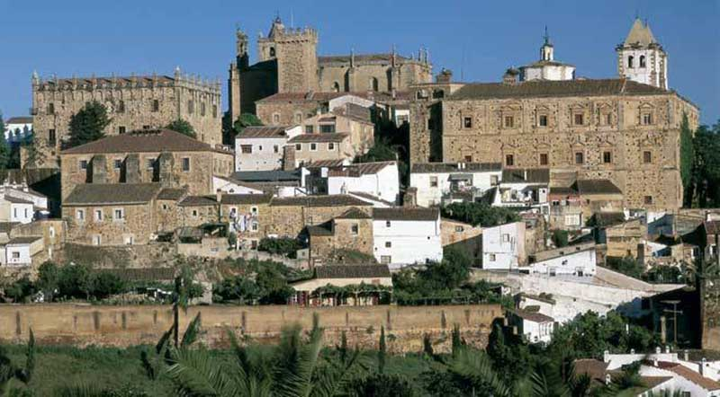 caceres_t1000021.jpg_1306973099