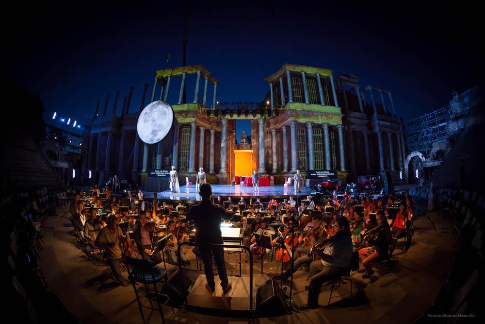 La Junta de Extremadura propone celebrar el Festival de Mérida en agosto