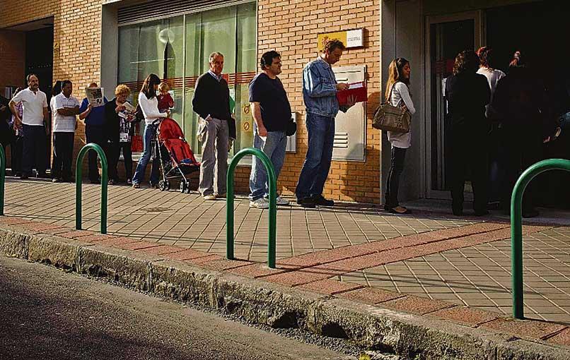 La regi n registra un 97 de contratos temporales en for Oficina de empleo madrid