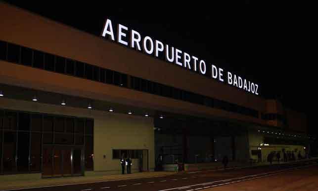 Aeropuerto-Badajoz-AENA_EDIIMA20130616_0004_13