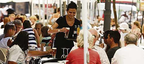 El salario bruto en Extremadura es el más bajo del país