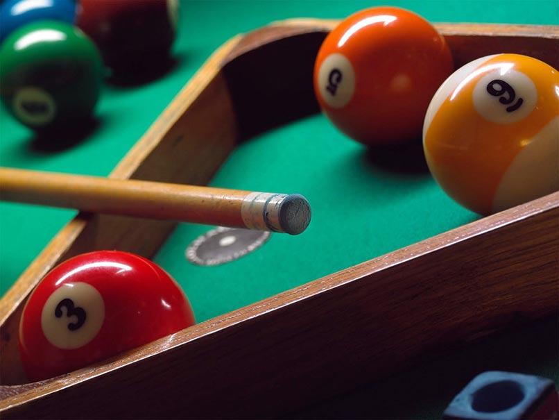 billiards11024