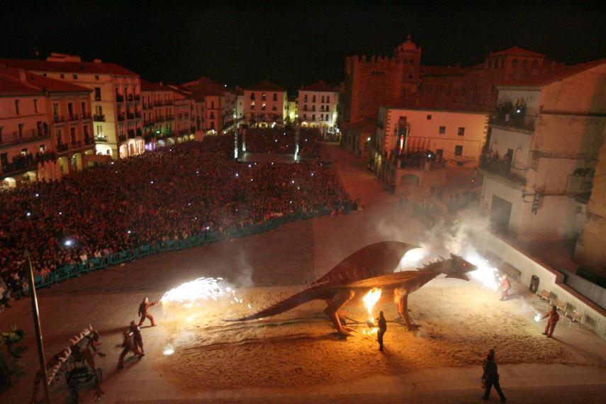 Suspendido San Jorge en Cáceres