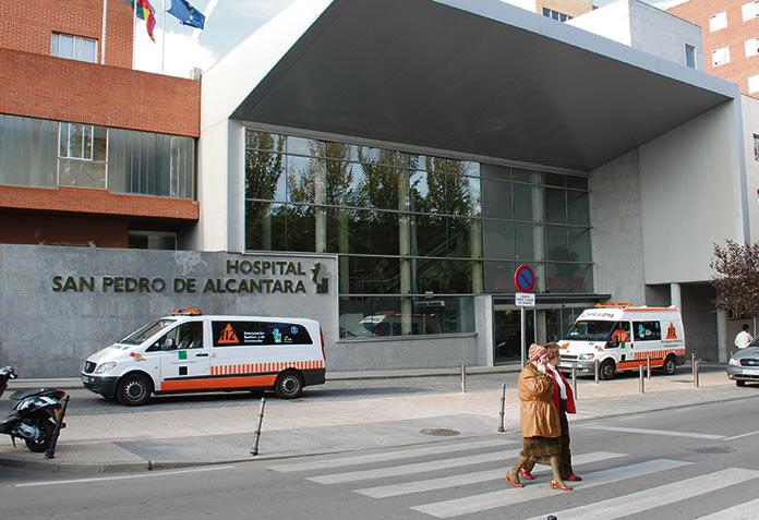 CCOO teme que el servicio de mantenimiento del Área de Salud de Cáceres sea privatizada