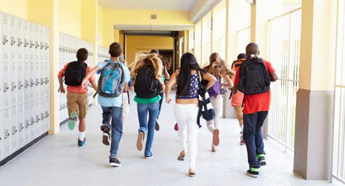 Los colegios podrán dar clases en verano de forma voluntaria