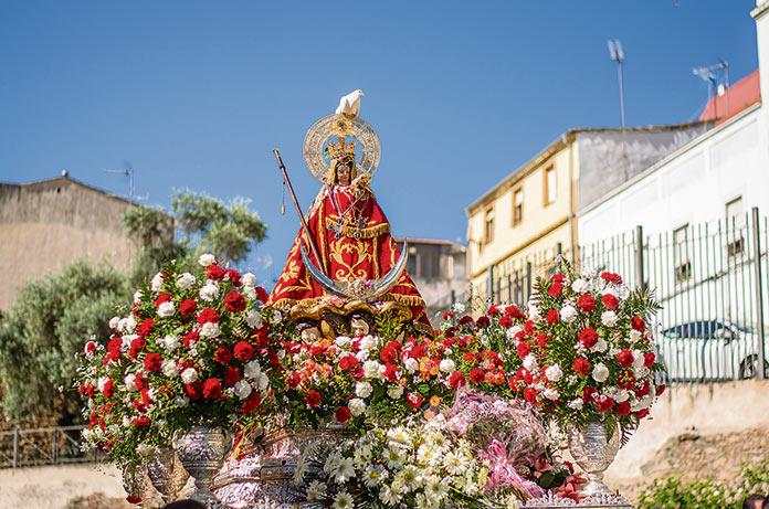 Tusemanasanta.com retransmite la bajada de la Virgen de la Montaña de forma virtual