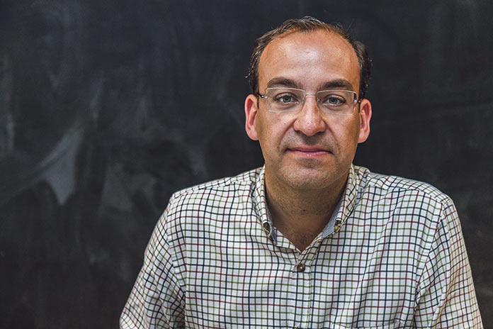 Rafael Mateos pide agilidad para las concesiones de las terrazas