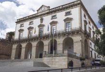 Pactos en el Ayuntamiento de Cáceres