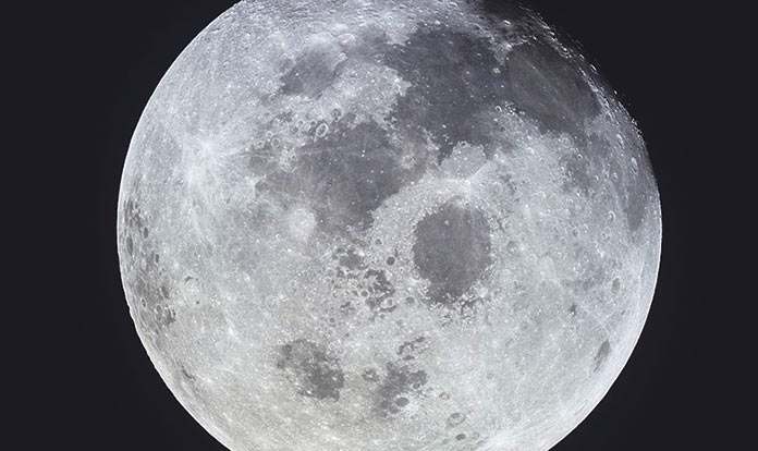 Plena Moon