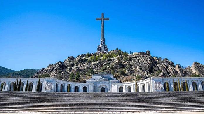 Salida de Franco Del Valle de los Caídos