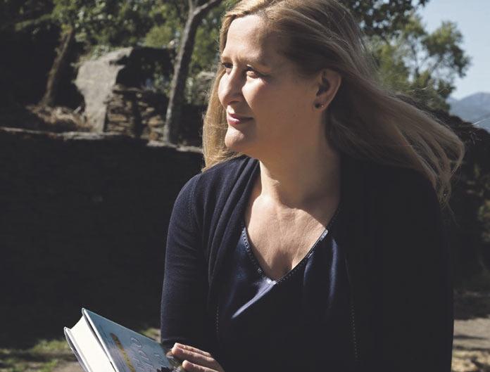 La escritora Luz Gabás preside el jurado del Premio Cáceres de Novela Corta