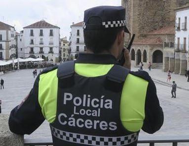 Un brote de Coronavirus castiga a la Policía Local de Cáceres