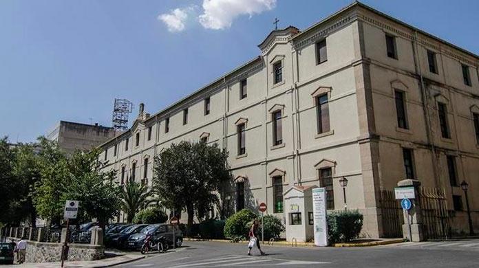 Aplazada la apertura del Hospital Virgen de la Montaña de Cáceres para casos de Covid