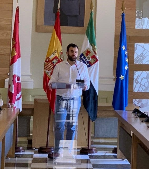Luis Salaya, alcalde de Cáceres, considera un