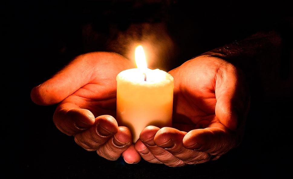 La Diócesis Coria-Cáceres mantiene su asistencia religiosa para entierros o incineraciones