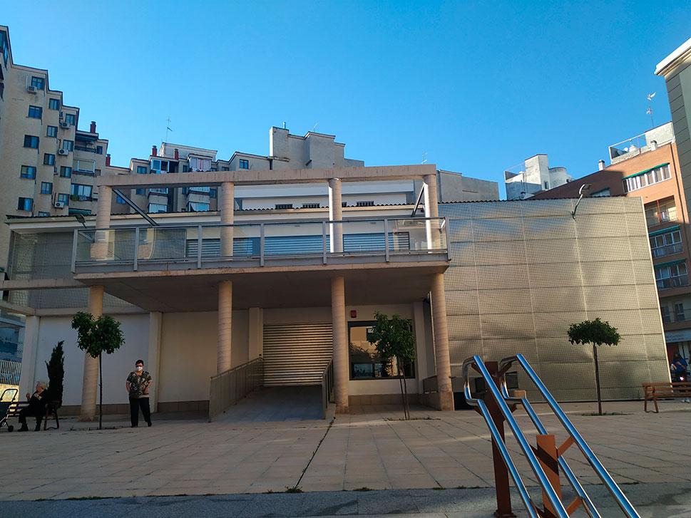 La planta baja del mercado de Ronda del Carmen llena sus puestos