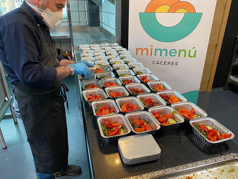 La iniciativa MiMenú seguirá prestando sus servicios durante un mes más