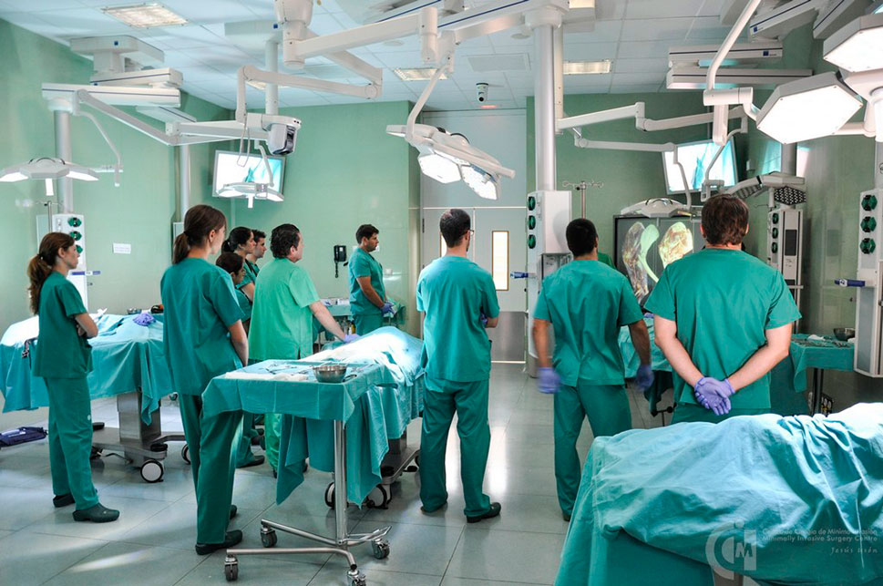 El Centro de Cirugía de Mínima Invasión potencia la investigación en I+D