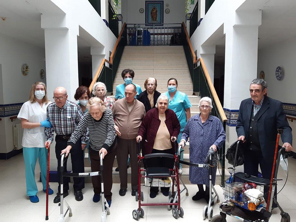 Las residencias de mayores de Extremadura han acumulado 1.500 positivos