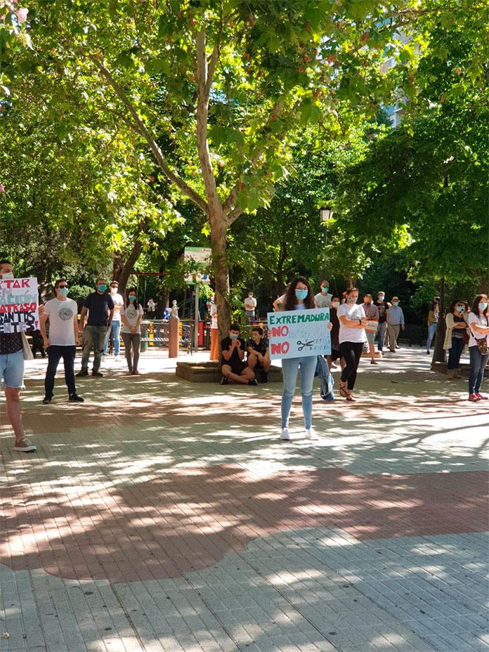 DEPEX congrega a 150 personas en Cáceres para reivindicar mejoras en la educación pública