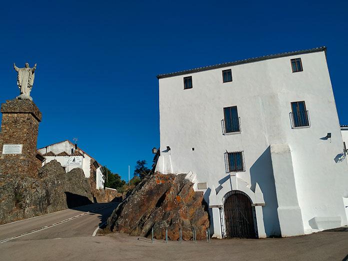 El santuario de la Virgen de la Montaña de Cáceres abrirá en horario habitual el martes que viene