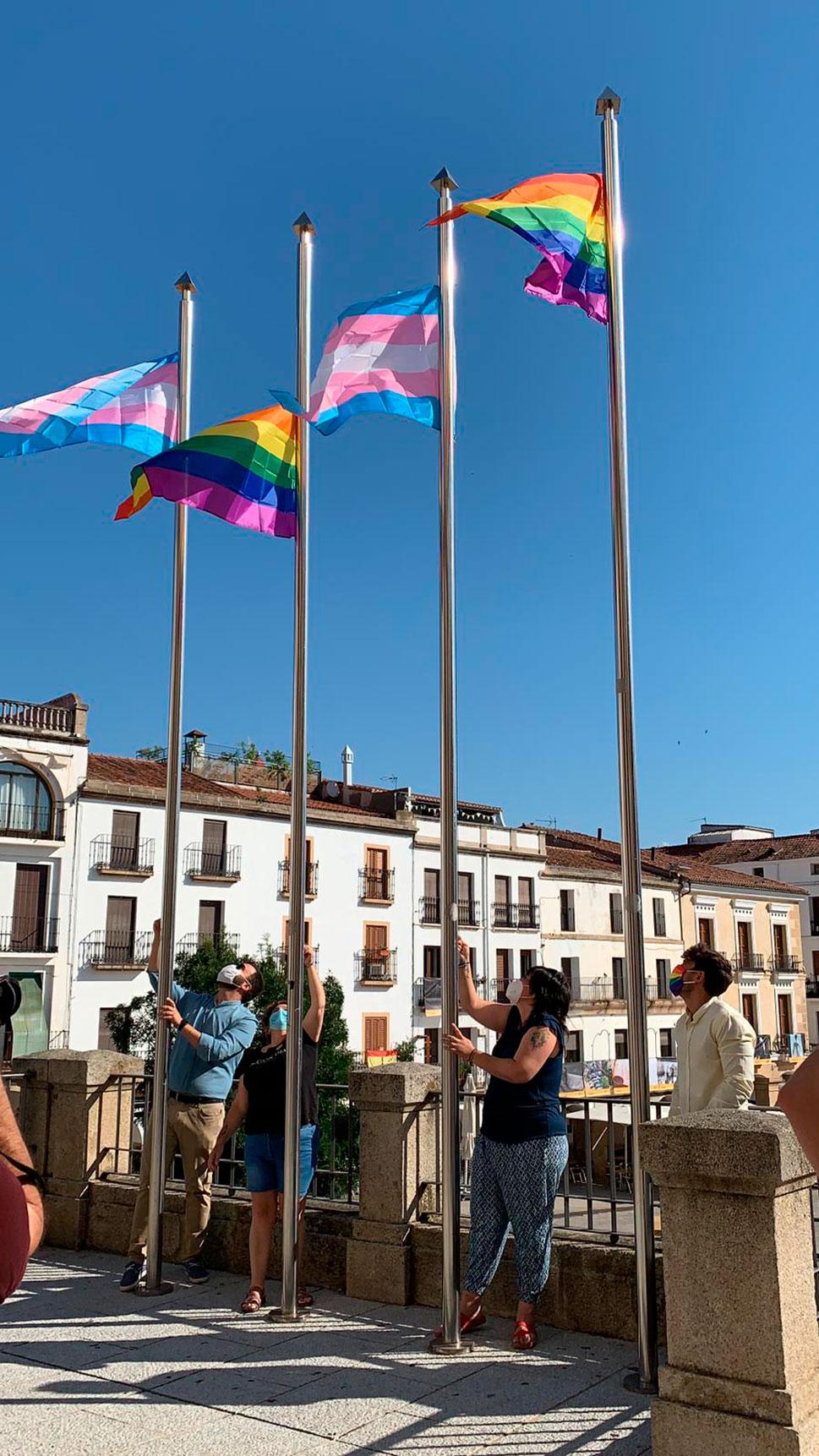 Cáceres reivindica los derechos de las personas LGTBI en la Semana del Orgullo