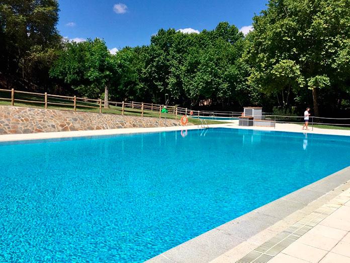 Las piscinas de Cáceres duplican la cantidad de público