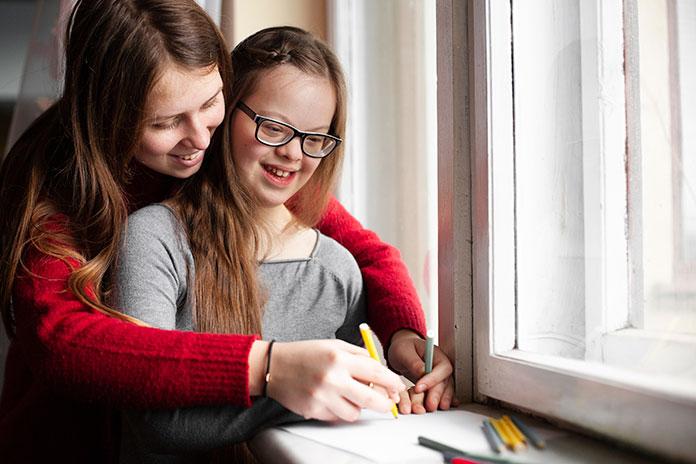 La Asociación para la Defensa de la Inclusión Educativa alerta sobre los recortes en orientación