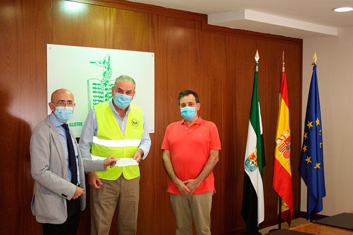 El Banco de Alimentos de Cáceres recibe un premio del Colegio de Médicos