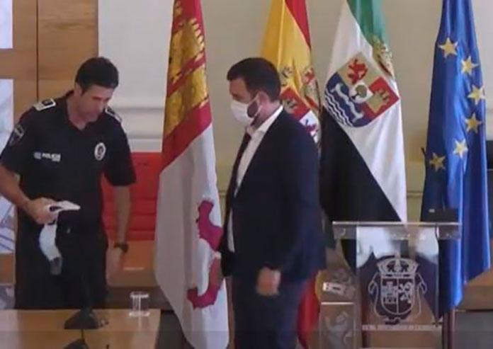 Luis Salaya pide disculpas por la aglomeración durante el rodaje de MasterChef