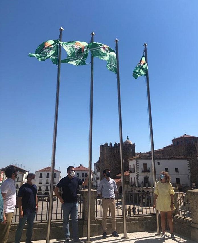 El Ayuntamiento de Cáceres lanza una campaña de apoyo al CP Cacereño en su ascenso a Segunda B
