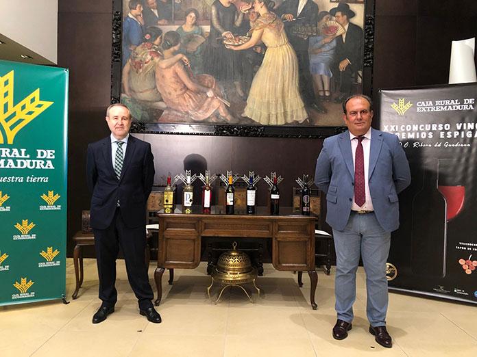 El vino Valdequemao gana el premio Gran Espiga de Caja Rural de Extremadura