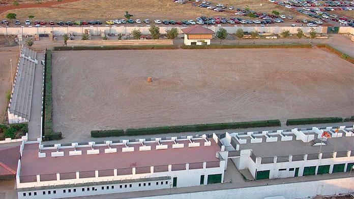 Un grupo de hosteleros propone convertir el recinto hípico en una gran terraza de verano