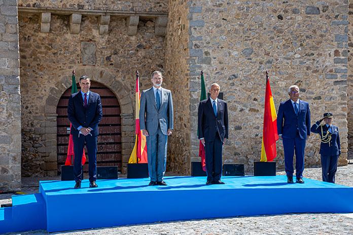 Alegría en la apertura de la frontera con Portugal