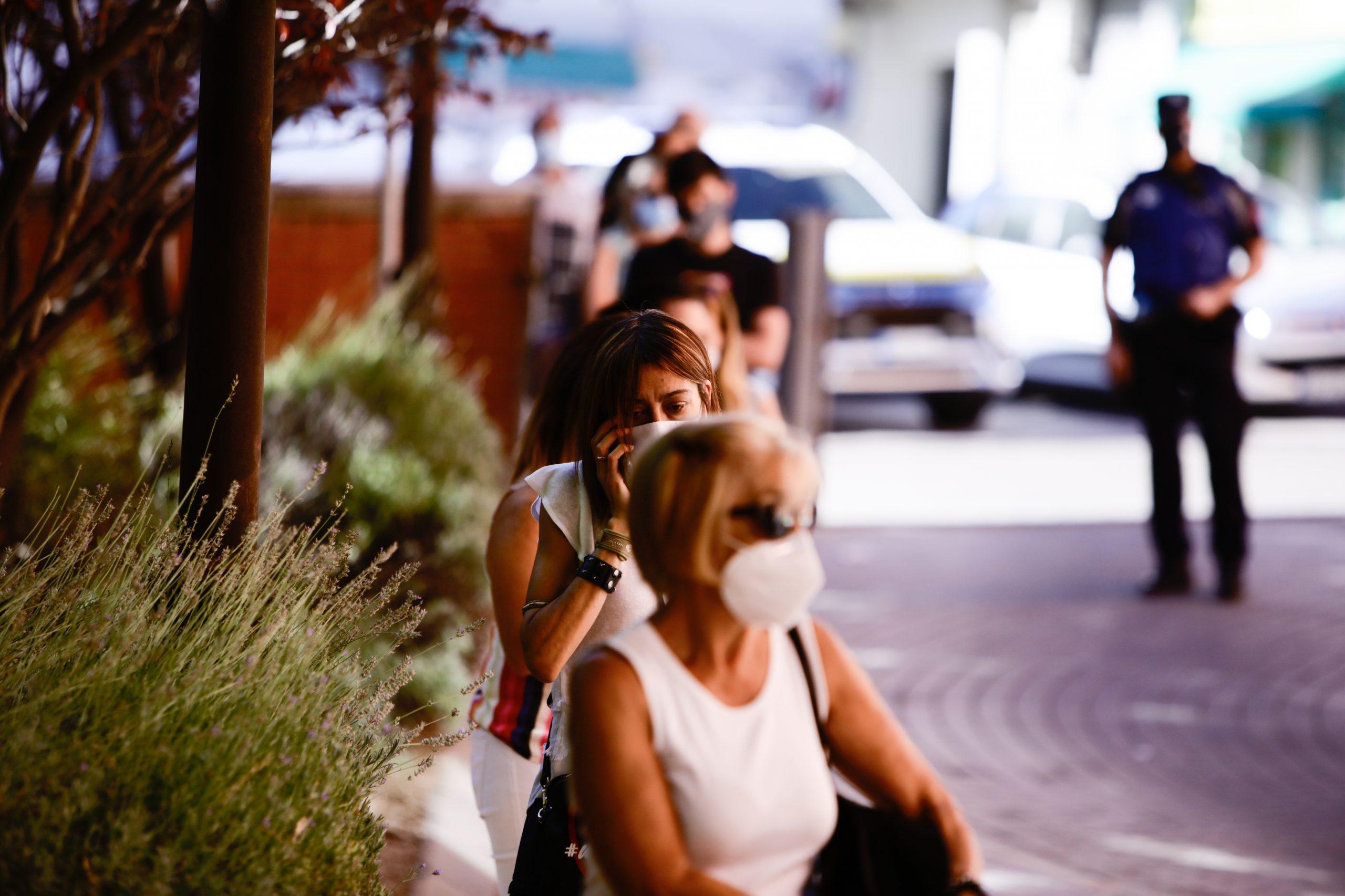 COVID-19 en Extremadura: 100 casos positivos, 3 brotes y una persona fallecida