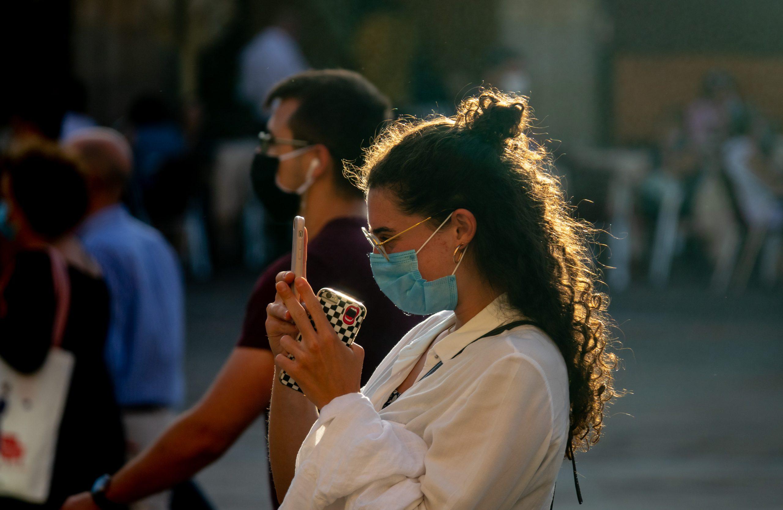 Seis muertos, 190 positivos y ocho brotes por coronavirus en Extremadura