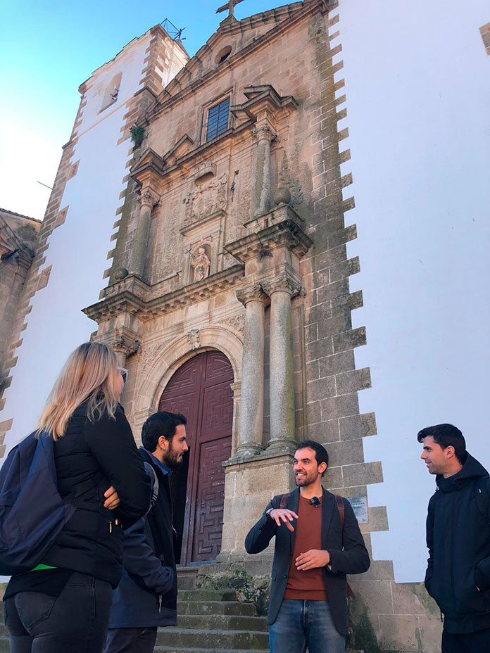 Cáceres fue objeto de bombardeos, depuramientos y fusilamientos