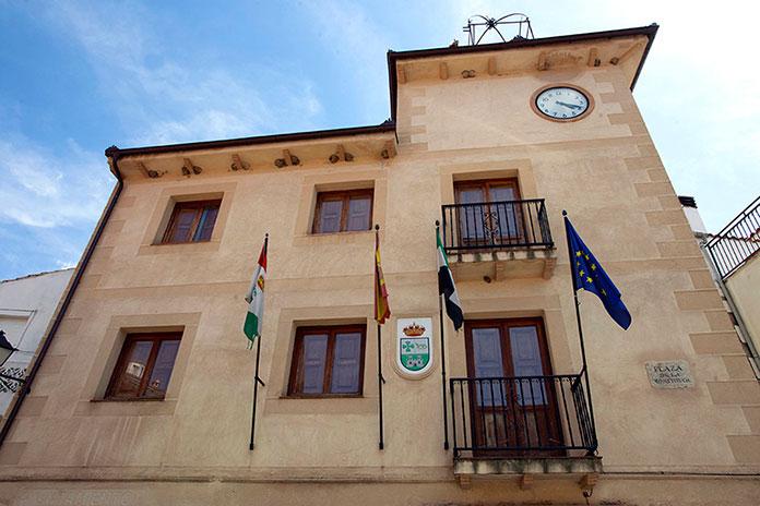 El alcalde de Eljas pide a los vecinos que no salgan de casa