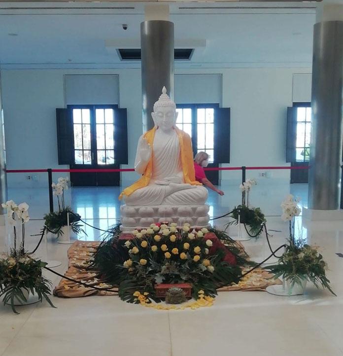 La réplica de la estatua de Buda se podrá ver en el Palacio de la Isla