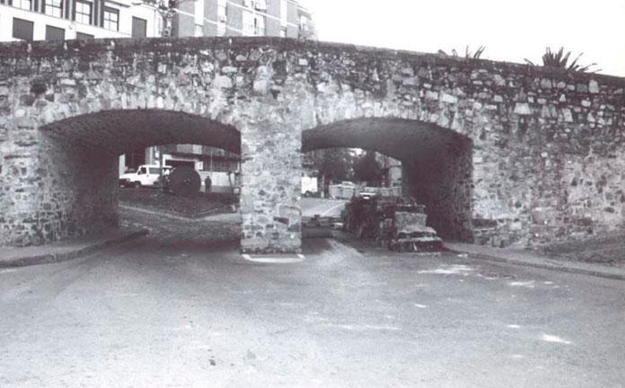 El Palacio de la Isla de Cáceres muestra un plano de las alcantarillas del Puente de San Francisco de 1886