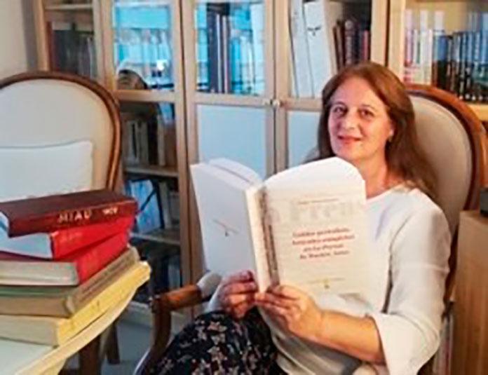 Isabel Román, profesora de la UEx, recupera los artículos de Benito Pérez Galdós en Argentina