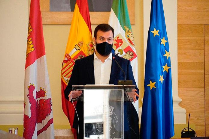 Dispositivo especial de vigilancia para evitar la entrada de madrileños en Cáceres