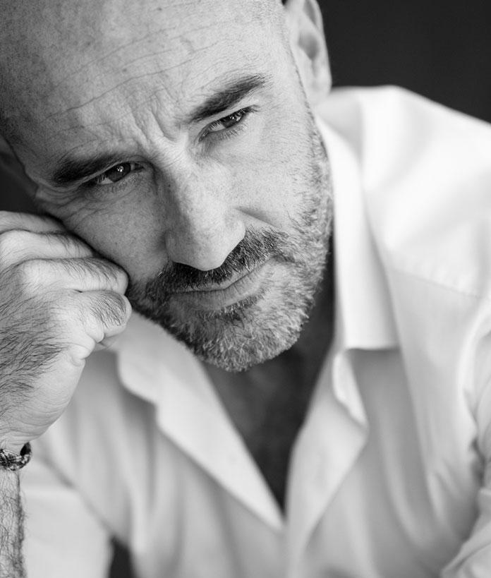 Ángel Cortes presenta Caótica introducción a la genialidad