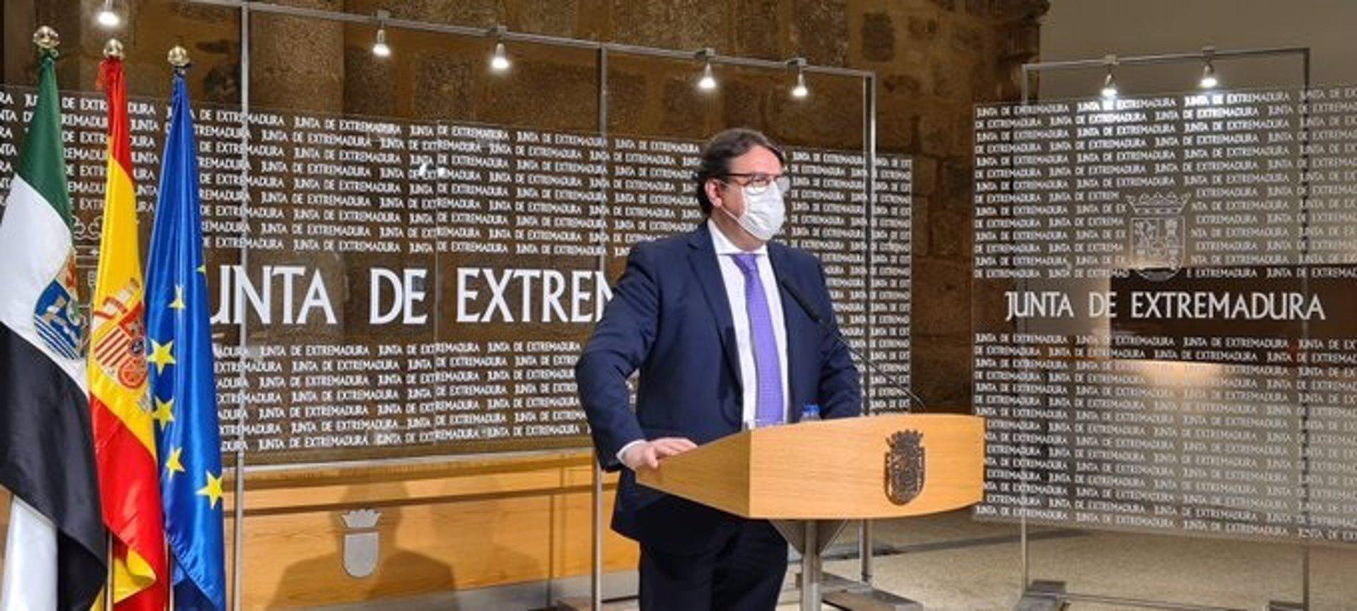 Extremadura limita las reuniones a 6 personas durante 14 días