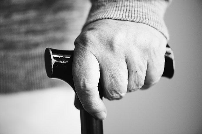 Las residencias de mayores en Extremadura cuentan con 650 contagios