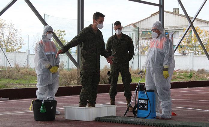 Voluntarios de Protección Civil reciben formación para la desinfección de estancias