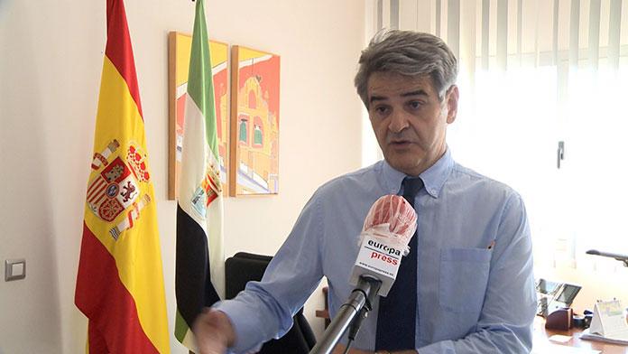 Extremadura aplaza al miércoles la siguiente tanda de la vacuna