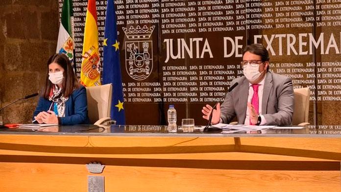Vergeles advierte que cancelará el Plan de Navidad si Extremadura llega a los 250 casos por cada 100.00 habitantes