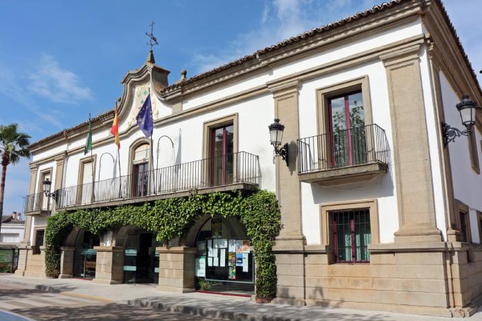 El alcalde de San Vicente de Alcántara pide a los vecinos que se autoconfinen